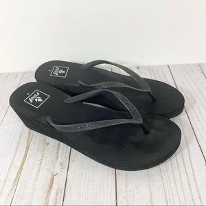 Reef Black Metallic Wedge Thong Sandals 8